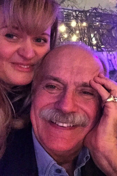 Анна обожает своего звездного отца