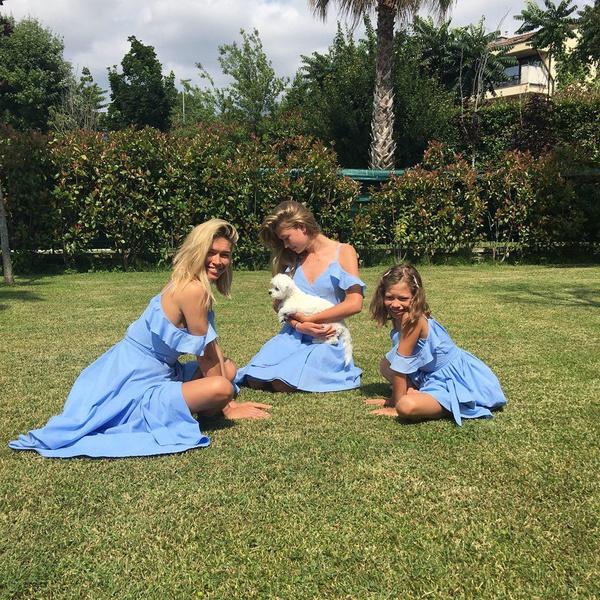 Вера с дочерьми Соней и Сарой