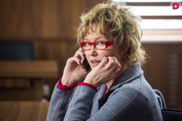 В сериале «Девичник» Розанова сыграла роль Ларисы, матери главной героини Татьяны