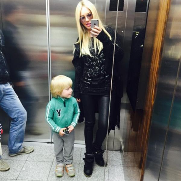 Главной радостью в жизни артистки является ее сын Мирон