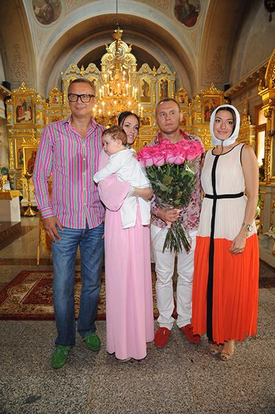 Андрей Ковалев, Евгения Шамаева с сыном Ваней, Степан Меньщиков и подруга семьи Ольга