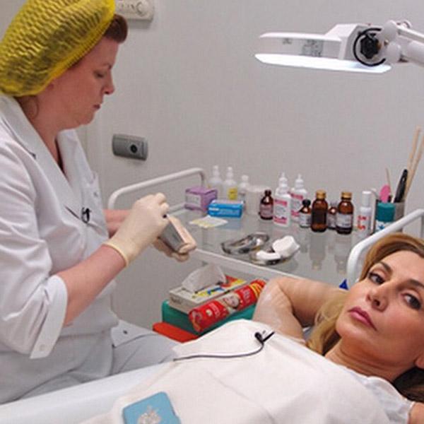 Ирина Агибалова у любимого косметолога