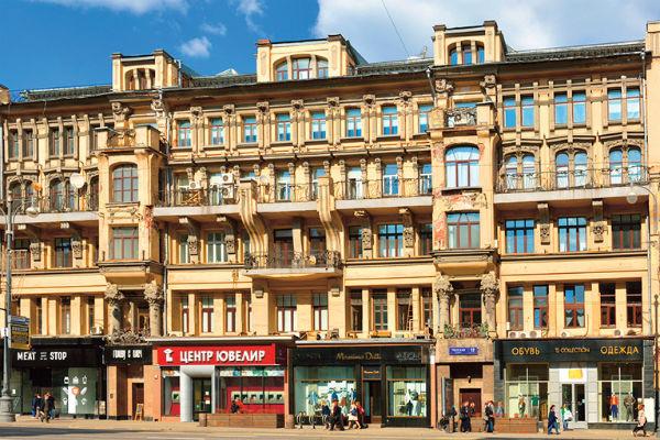 Козловский выбрал дом в центре столицы