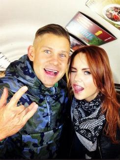 Митя Фомин и Максим в метро