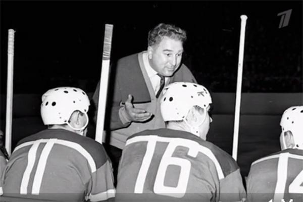 Анатолий Тарасов был выдающимся хоккейным тренером