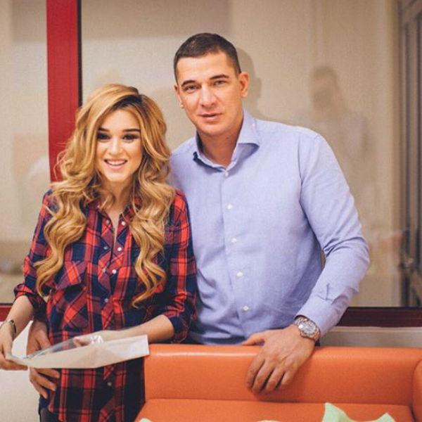 Ксения и Курбан не могут нарадоваться дочери