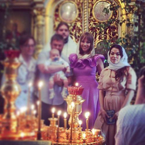 Полина Диброва стала крестной мамой. Фото после обряда крещения