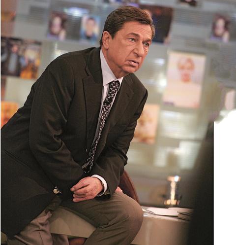 Телеведущий очень переживал за героев «Жди меня», коллеги предупреждали, что программа его добьет
