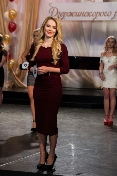Героиня Зои Лера Оборина на конкурсе красоты