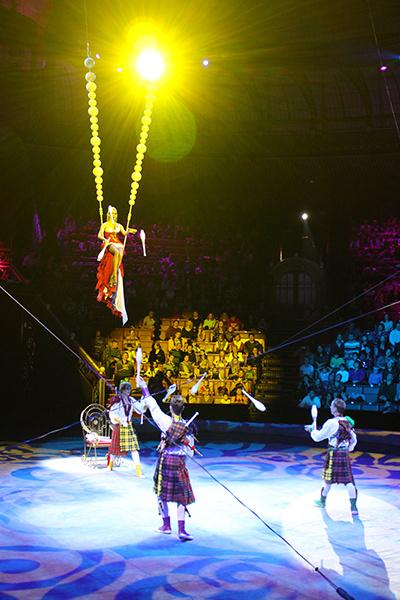 Жонглеры на мачте «Императрица»