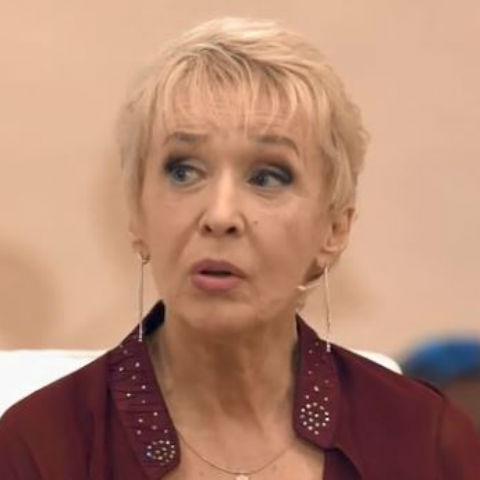 О смерти третьего супруга Александра Соловьева артистке до сих пор трудно говорить