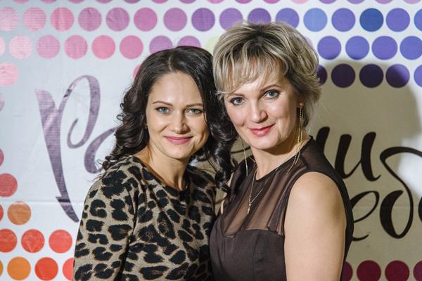 Организаторы мероприятия - Мария Точилина (справа) и Инесса Холоденина