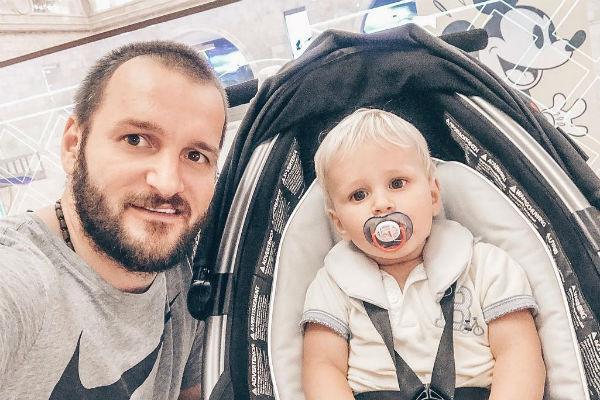 Алексей надеется, что после развода сможет проводить достаточно времени с сыном
