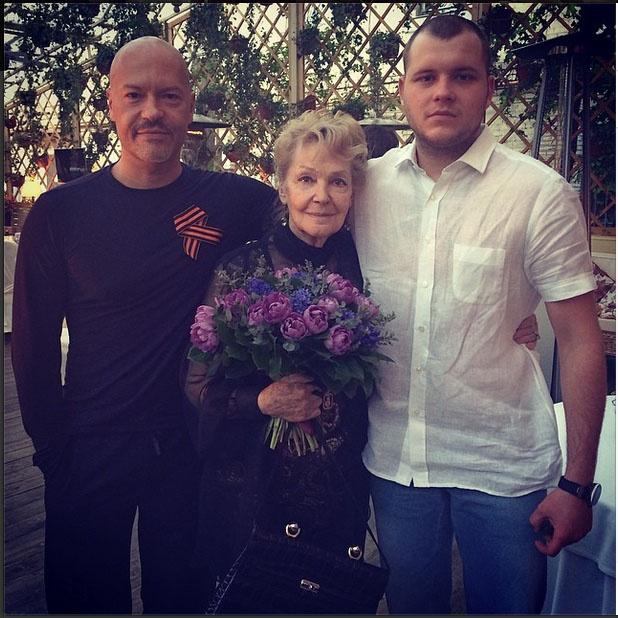 Бондарчук с мамой и сыном Сергеем в свой 47-й день рождения