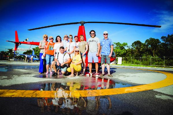 Участники проекта «В отпуск с Андреем Малаховым» на острове Гаити
