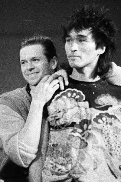 Цой и Гребенщиков на концерте в Ленинградском рок-клубе, 1986 год