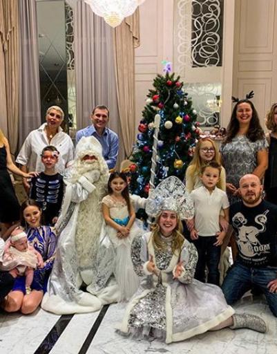 Тарасовы встретили Новый год большой дружной семьей
