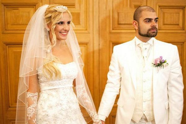 Супруги счастливо женаты уже почти семь лет