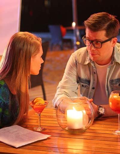 Кристина Асмус и Гарик Харламов заняты любовью на съемках StarHit.ru