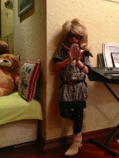 Ариша растет настоящей модницей