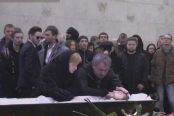 Александр и Ирина Толмацкие на похоронах сына