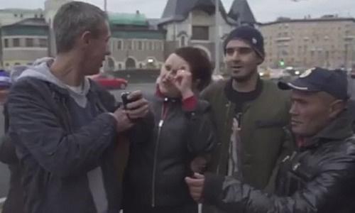 Алексей Панин отправился на один из вокзалов Москвы
