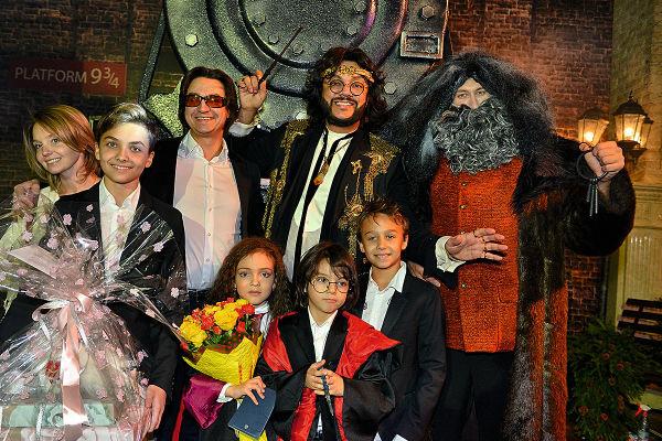 Праздник проходил в декорациях фильмов о Гарри Поттере