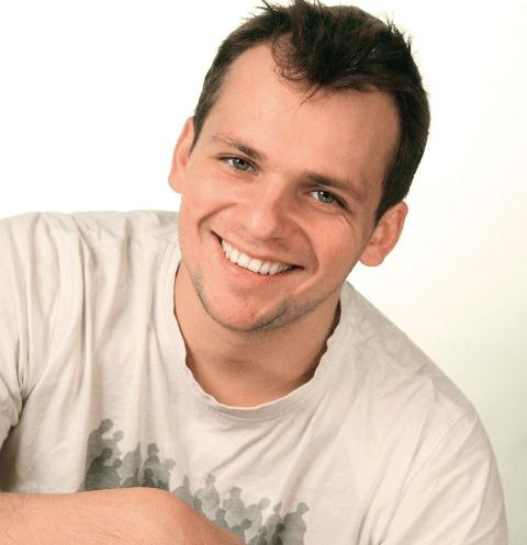 Алексей Янин снялся в более чем 30 фильмах и сериалах, среди них «Клуб», «Фурцева», «Дочки-матери»