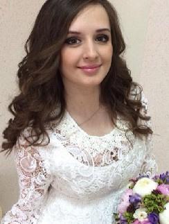 Рита Агибалова в свадебном платье