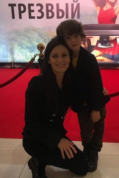 Сын Анны Носатовой пошел по стопам мамы и начал сниматься в кино