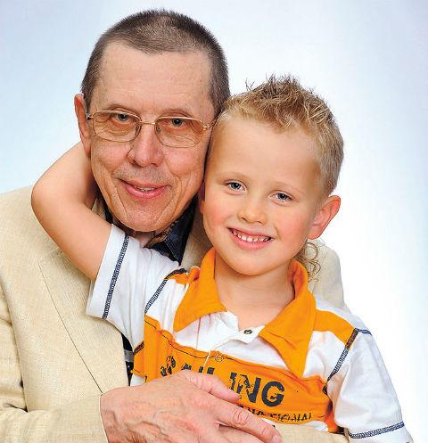 Валерия Золотухина не стало 30 марта 2013 года, когда мальчику было всего 8 лет