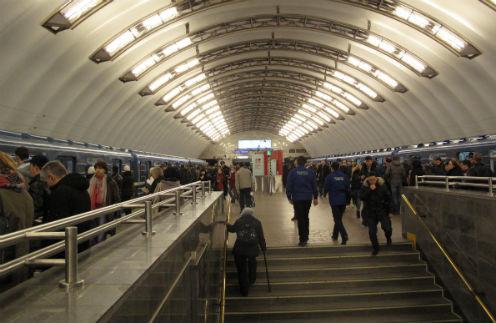 Станция метро в Санкт-Петербурге