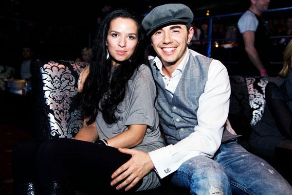 Во всех интервью Родригез рассказывает, что до жены Анны у него не было серьезных романов, но...