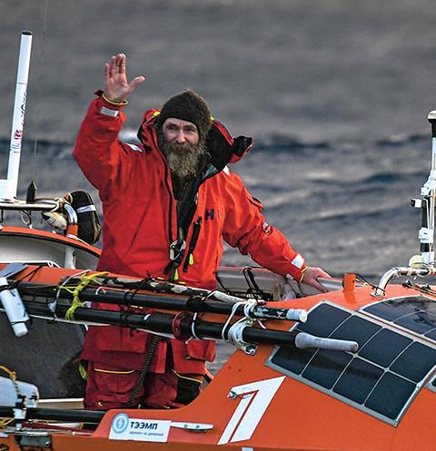Путешественник провел в Южном океане 154 дня