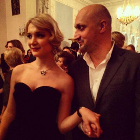 Полина Куценко с отцом на Бале дебютанток Tatler