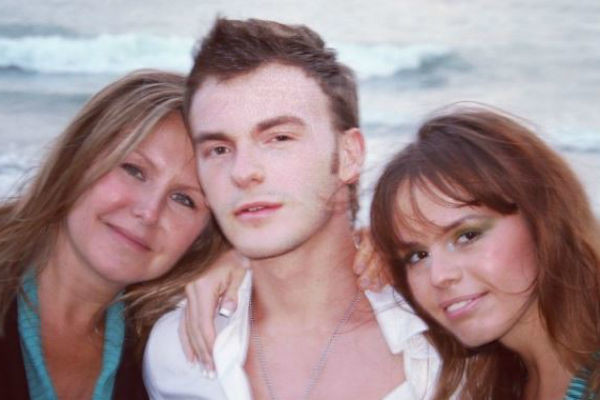 Вдова Шаинского Светлана, сын Вячеслав и дочь Анна