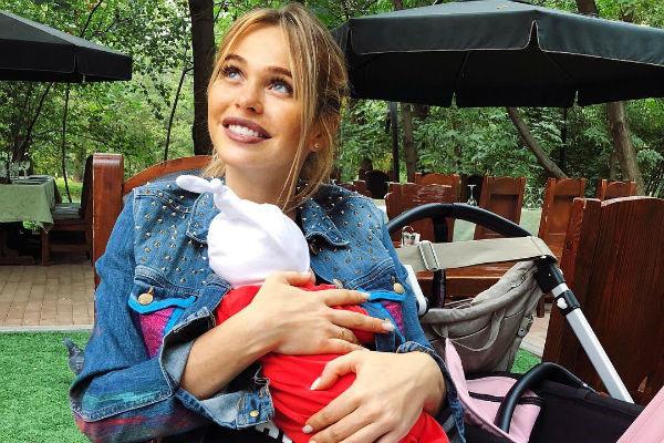 Анна Хилькевич с младшей дочкой Марией
