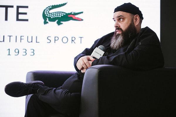 После интервью с Минаевым Фадеев отправился на премию канала RU.TV