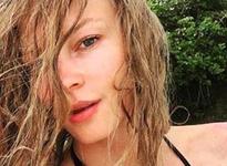 Светлана Ходченкова осмелилась показать фигуру в купальнике
