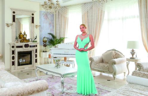 Реликвией дома Анастасия называет белый рояль, который ей подарил Николай Басков