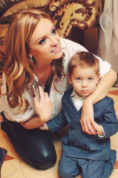 Милана и сын Александра Игорь