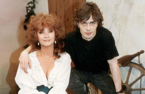 Кейт О'Мара с сыном