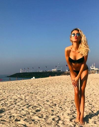 Телеведущая Виктория Боня в ОАЭ