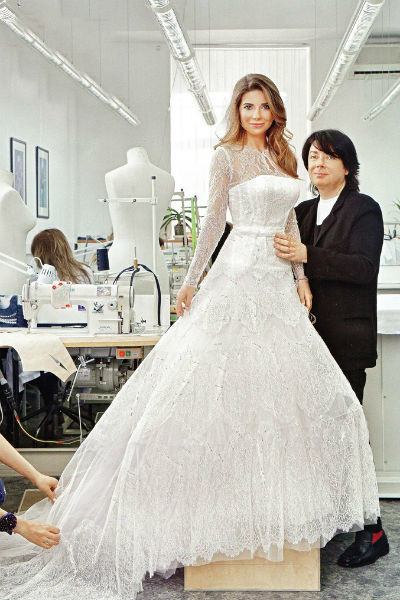 Валентин Юдашкин создавал главное платье своей жизни в соавторстве с любимой дочкой