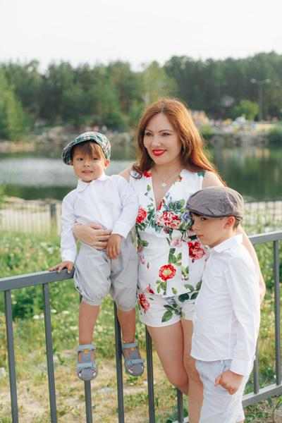 Екатерина с сыновьями - Валентино и Алессандро