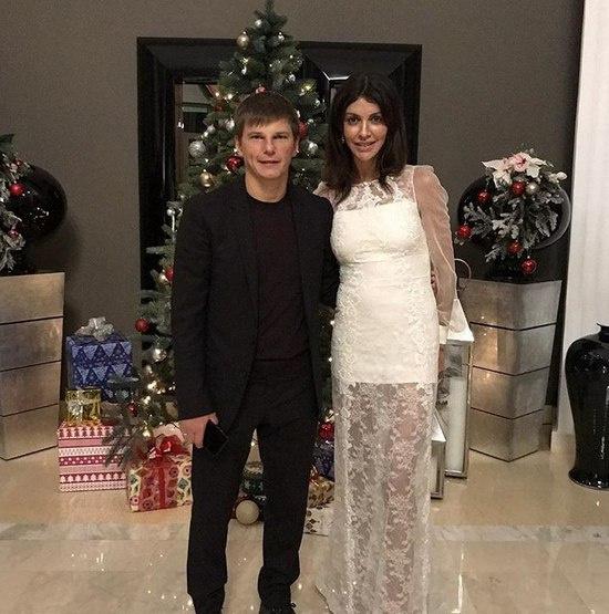 Андрей Аршавин женился на Алисе Казьминой в 2016 году