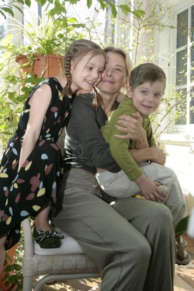 Раньше семья Высоцкой и Кончаловского казалась безгранично счастливой