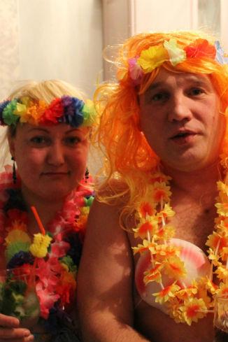 Гавайская вечеринка от Марины и Андрея Костроминых, Алапаевск