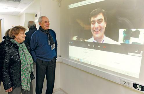 В редакции «СтарХита» Татьяна Самойлова, вместе с Эдуардом Машковичем пообщалась с сыном по скайпу