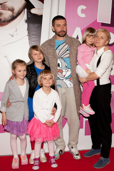 Владимир Кристовский с бывшей женой Валерией и дочками